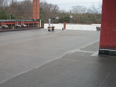 rubber roof on commercial building
